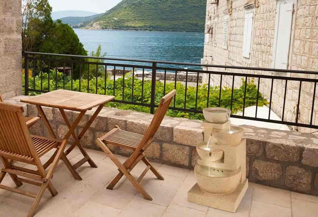 fuentes de piedra para terraza