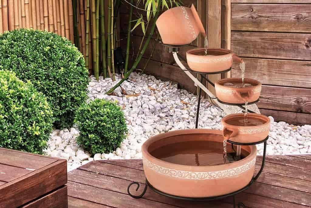 fuente ornamental para jardin