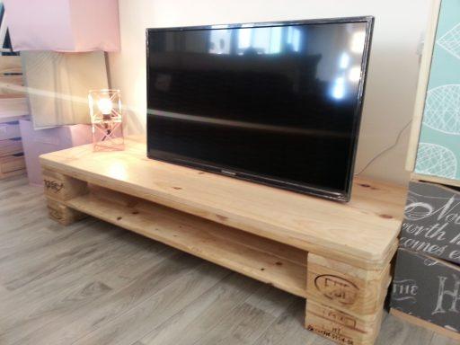 mueble palets tv